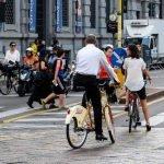 Un cittadino su quattro pedala di più. FIAB: «È l'anno della rivoluzione bici»