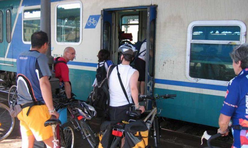 Abruzzo. 2017 con sorpresa: trasporto biciclette gratuito sui treni regionali