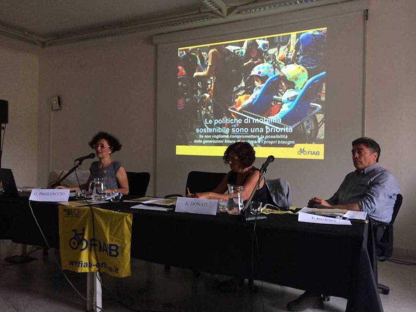 Mobilità ciclistica in Campania: la proposta di Fiab Campania in 5 punti
