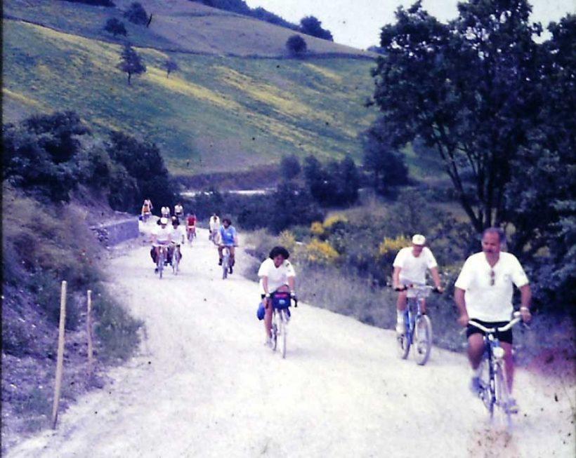 Strada alla bici nel 1988 con il primo Raduno Nazionale Amici della Bicicletta