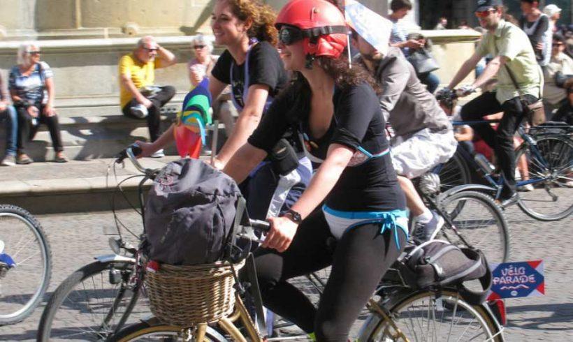 Più ciclisti e pedoni, meno incidenti