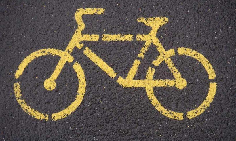 Bike the Nobel. Paola Gianotti pedalerà fino ad Oslo per consegnare la candidatura.