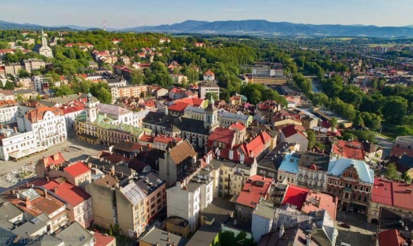 """""""Le terre dei draghi"""": il Biciviaggio tra Polonia e Repubblica Ceca unisce storia e leggenda"""
