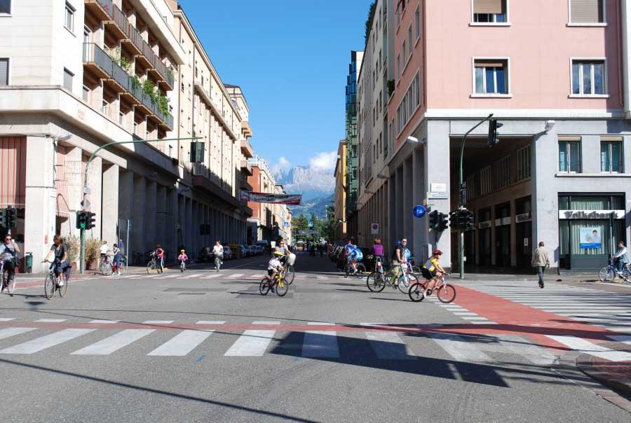 Sicurezza stradale: luci e ombre nelle statistiche aci-istat 2013