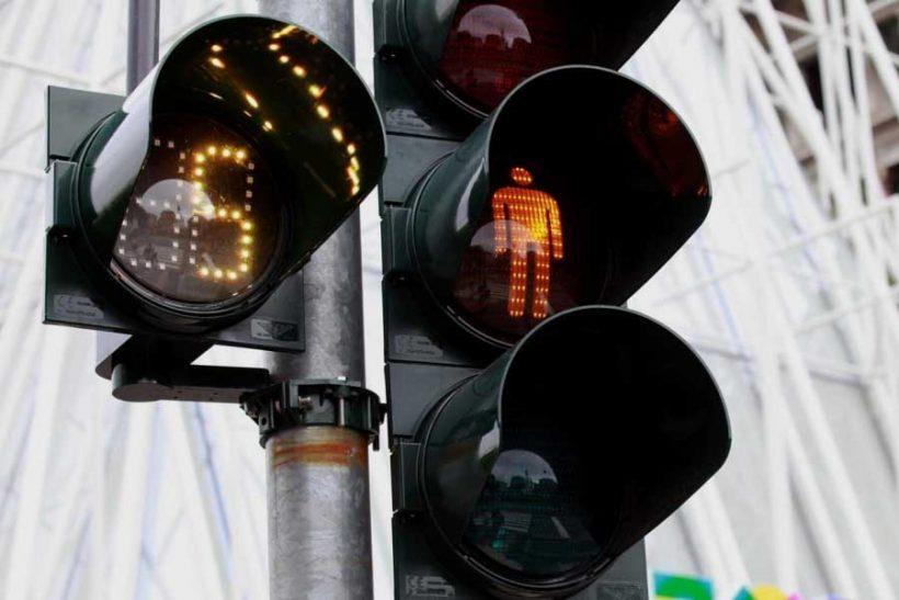Belgio: svolta a destra al semaforo rosso