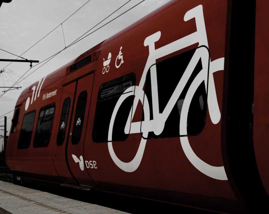 Guida per viaggiare in treno con la bicicletta al seguito