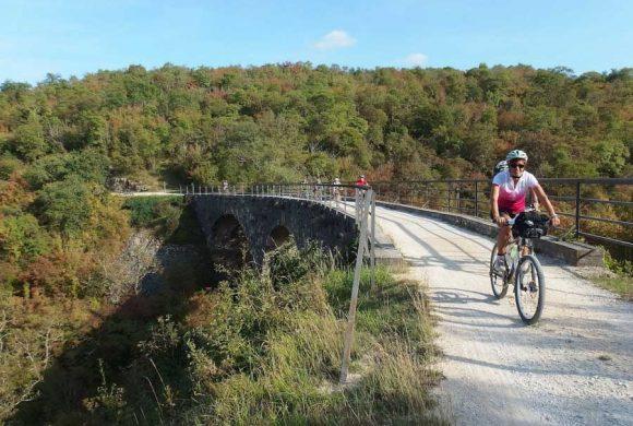 Biciviaggi Fiab: Croazia e Slovenia, le due destinazioni d'autunno tra storia e benessere