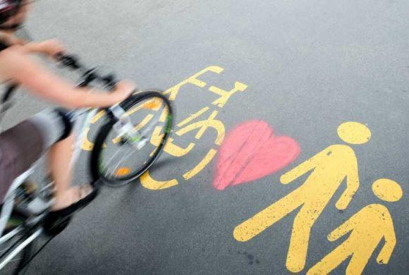 Il 2017 è stato l'anno della mobilità attiva. In Italia il 76% vorrebbe più investimenti sulla bici