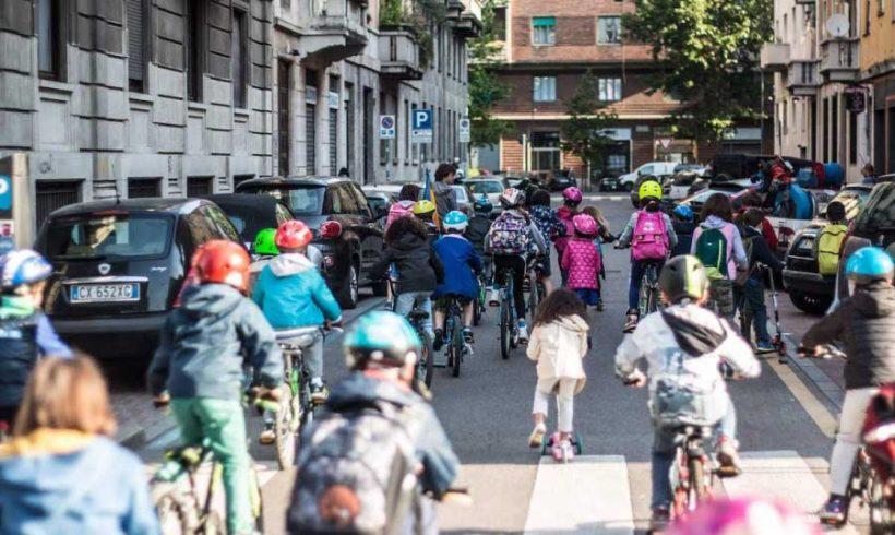 Bike to school e aria pulita sono un diritto dell'infanzia