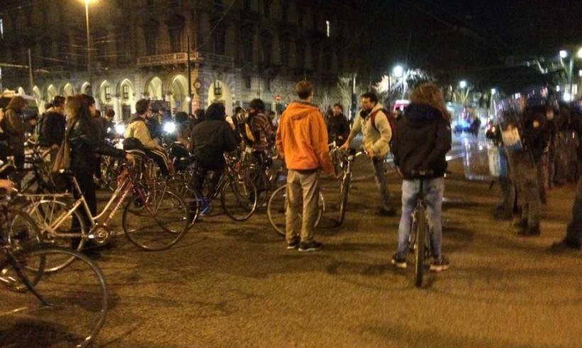 Critical Mass a Torino: al dialogo non si risponda con la forza