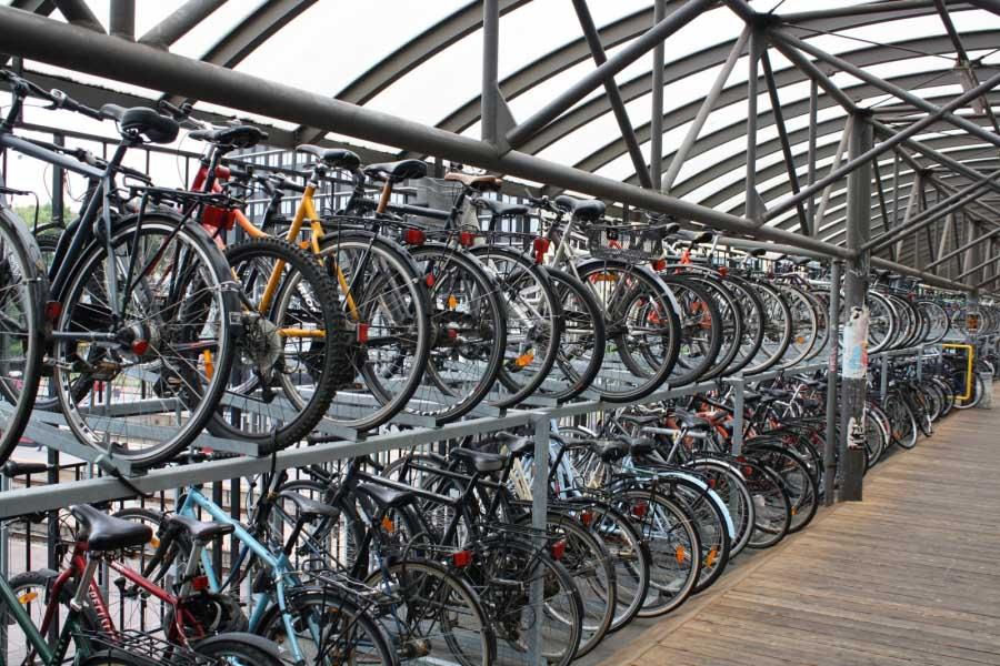 Bicimania a Utrecht: Questione Culturale o Scelta Consapevole?
