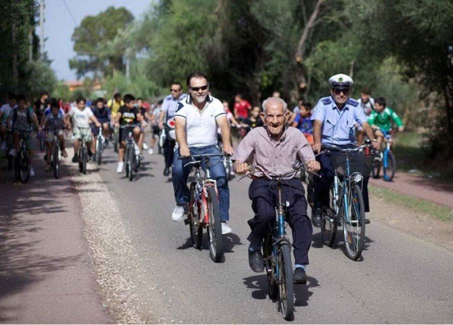 Chi va in bici campa PIU' di cent'anni