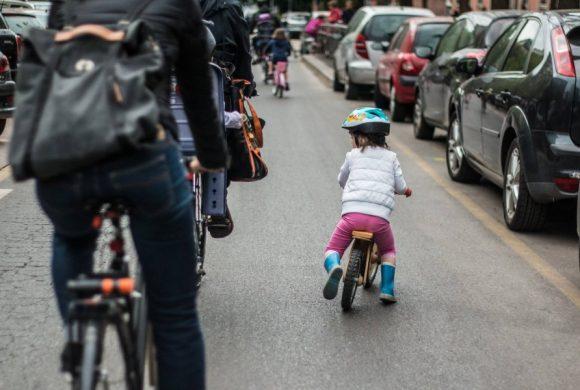 Biciclette, non auto elettriche, per salvare il pianeta
