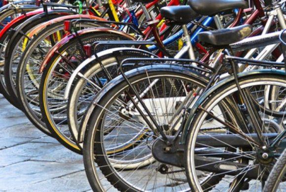 Si può andare in bicicletta durante le Feste? I chiarimenti del Governo