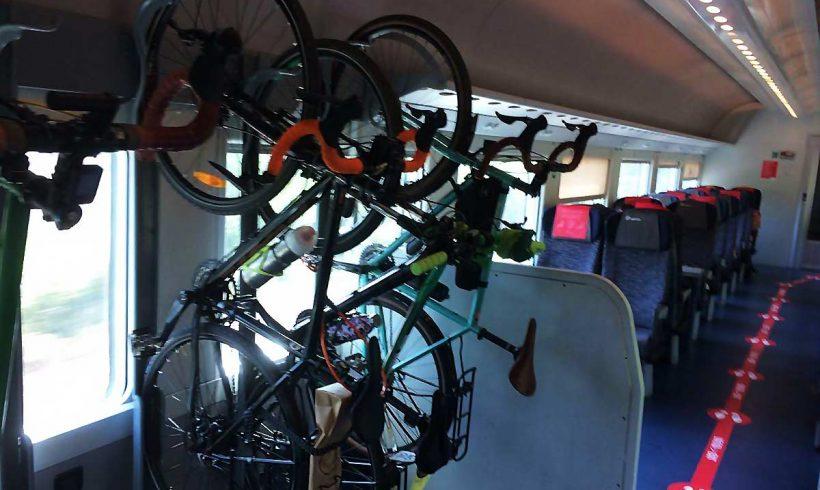 Sei posti bici gratis sugli Intercity al Sud. Dal 2021 in tutta Italia