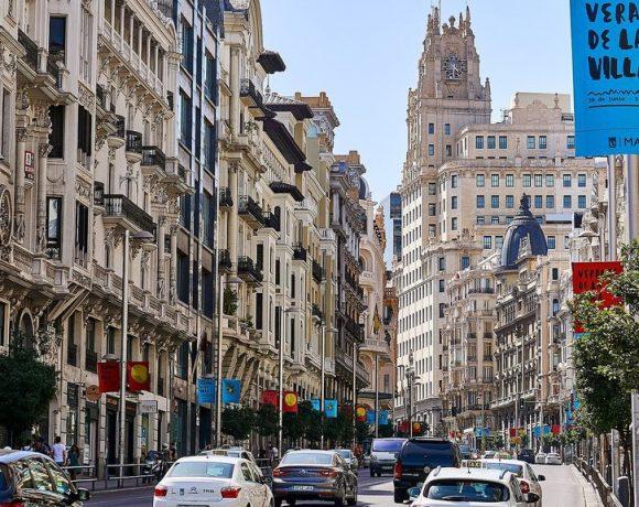 Spagna zona 30: limite di velocità su tutte le strade a corsia unica