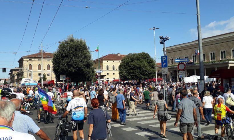 In bici per non dimenticare le stragi. FIAB unisce Brescia, Bologna e Trieste